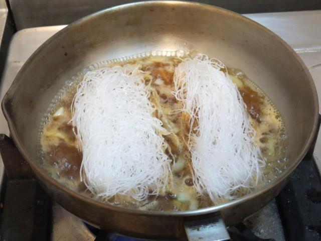 鮮蝦冬粉煲06